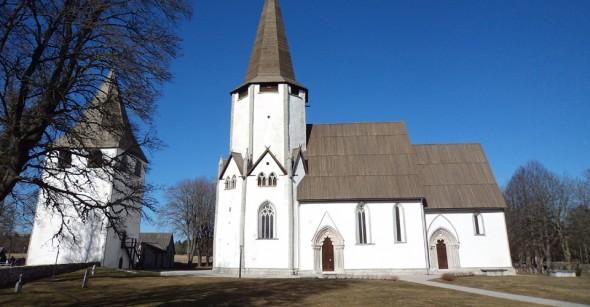 I 1000 år har man bränt kalk på Gotland för att använda till puts, murning och målning. Kunskapen att tillverka och använda byggnadskalk kom till ön med det medeltida kyrkobyggandet.